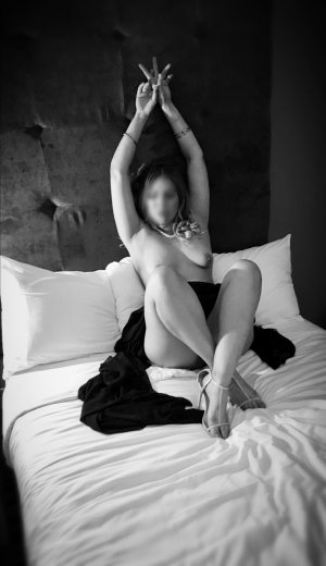 Anne-audrey speed dating & incall escorts