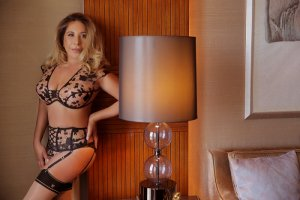 Lisa-lou outcall escort